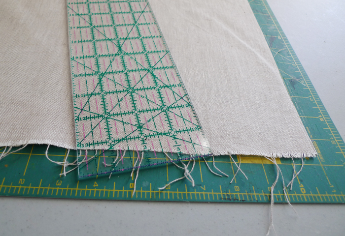 Cotton & Flax - cutting fabric