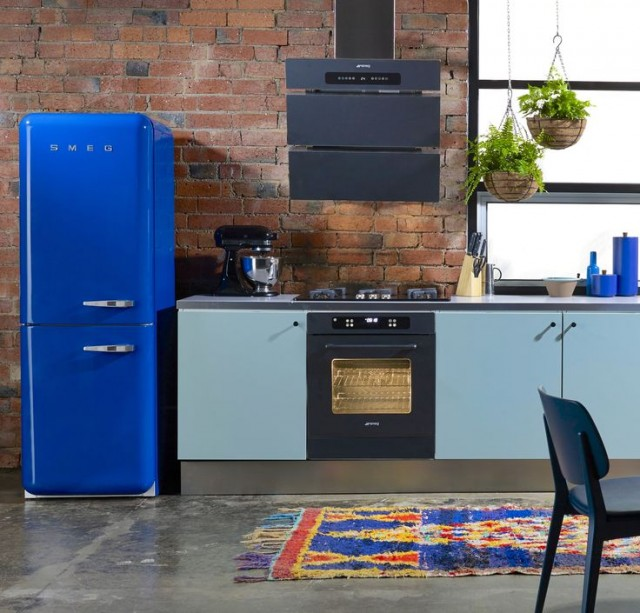 Cobalt blue Smeg fridge - Modern Kitchen