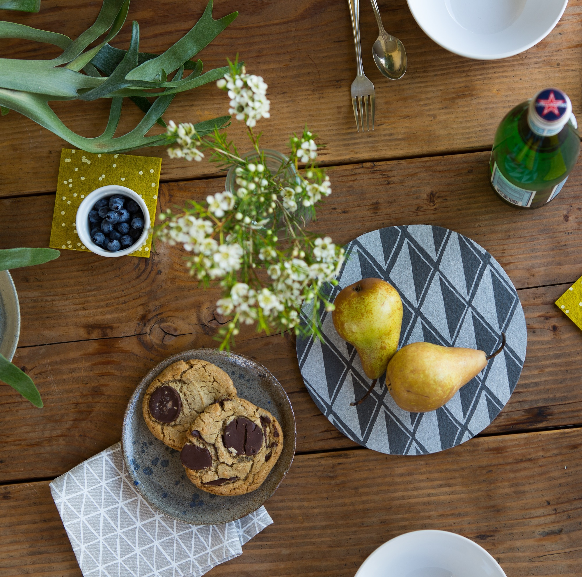 how to use a trivet protect your table in style blog cotton flax